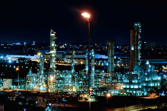 oil refinery at night energy resourcing