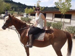 Tracey-Cushway-horse-riding